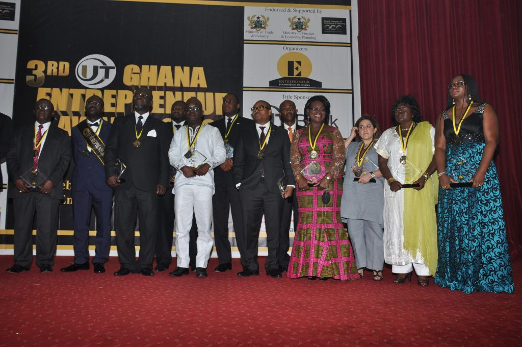 dr-hagan-with-other-award-receipients
